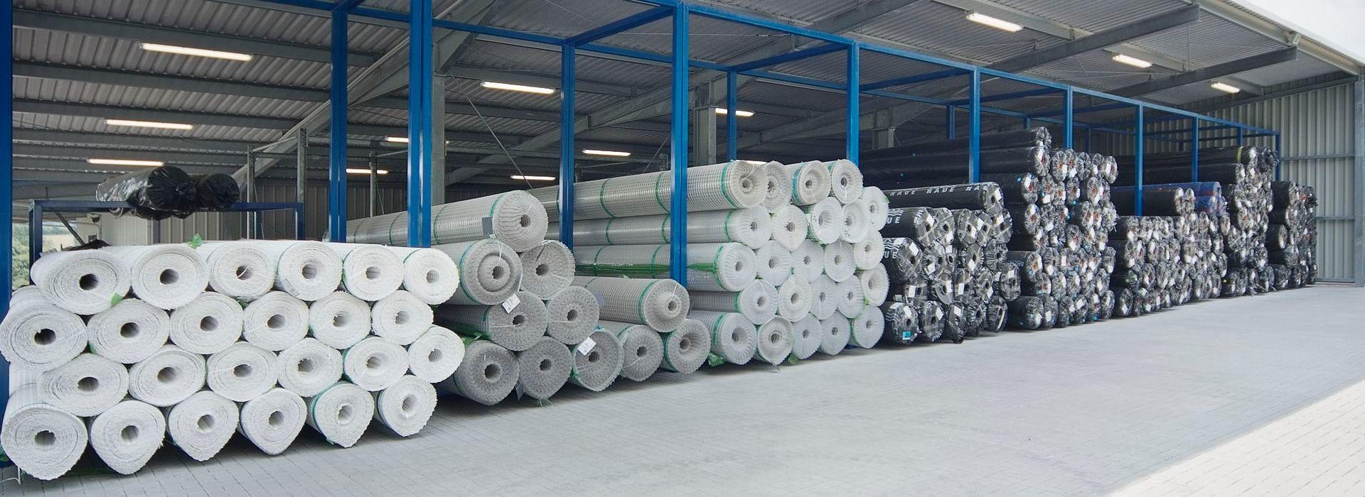 Umweltfreundliche Baufolie aus Polyethylen. Feuchtigkeitsschutz, Abdeckung